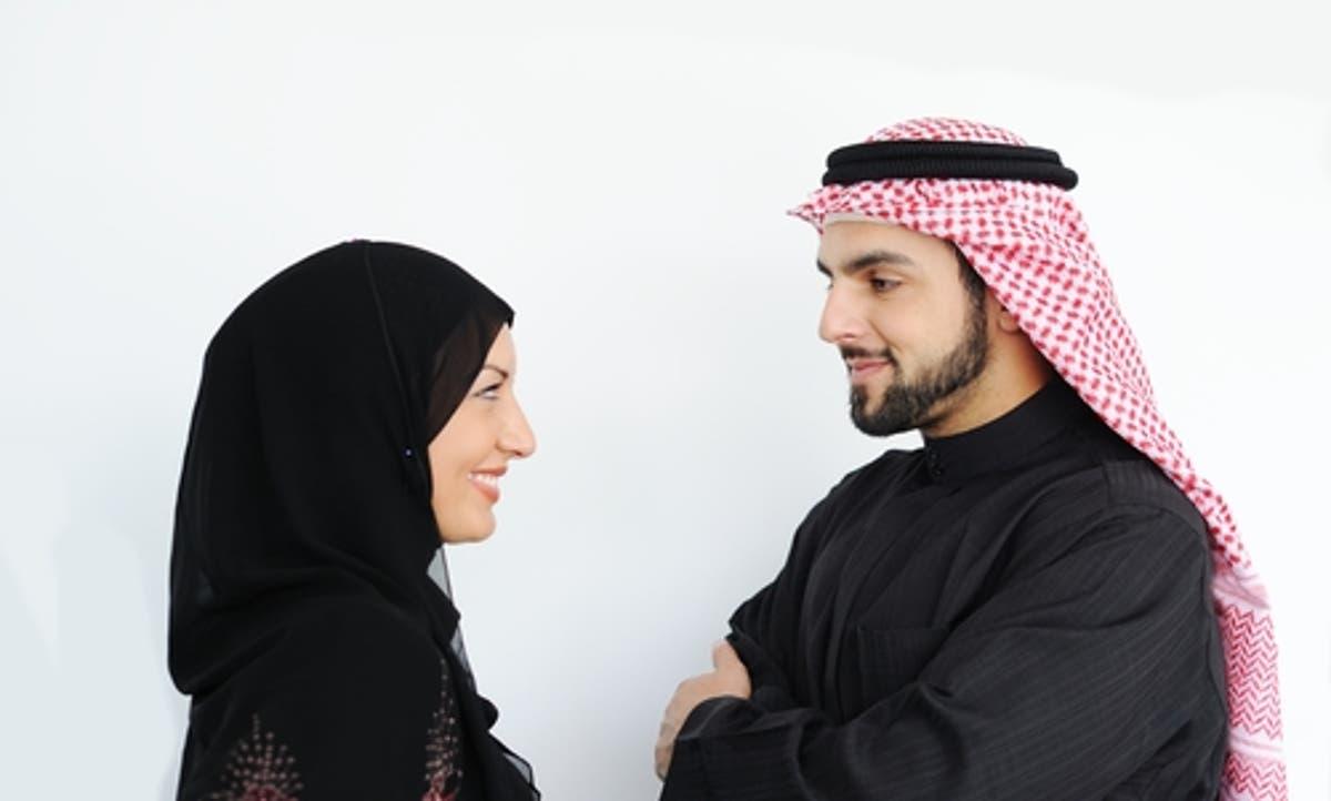 هل يجوز تقبيل الزوجة في يوم رمضان