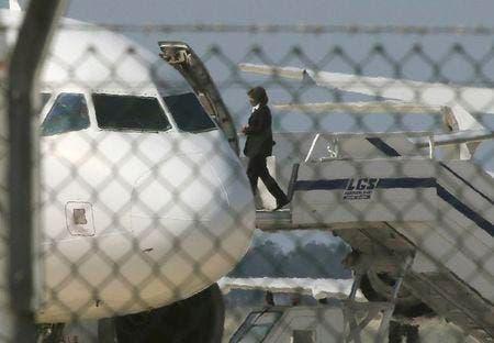 الطائرة المختطفة تجثم في مطار لارنكا..عن توتير