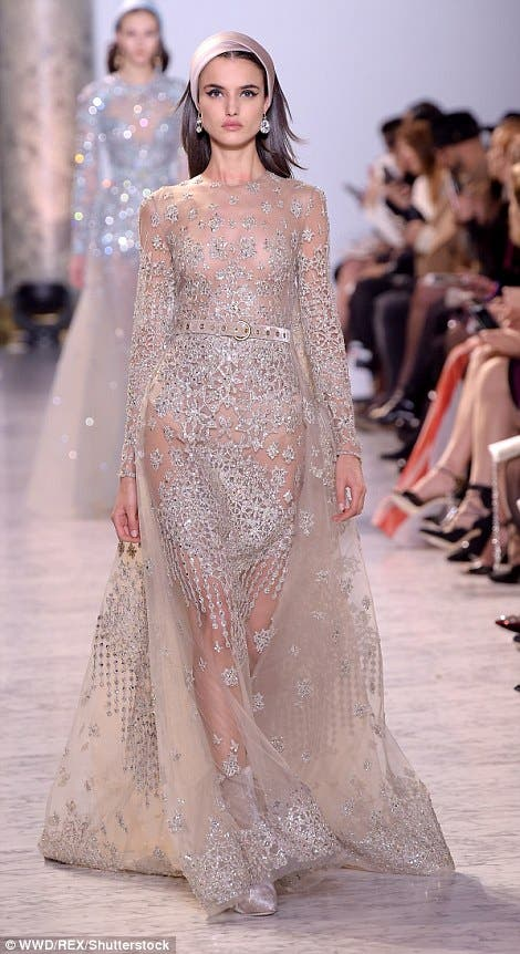 Elie Saab Reigns Over Pfw With Collection Inspired By