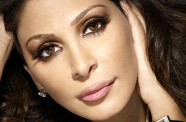 Elissa called a 'thief' by the Algerian people.