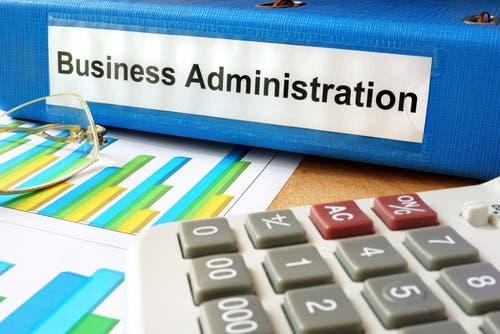 About Business >> للإماراتيين... لا تدرسوا إدارة الأعمال!   البوابة