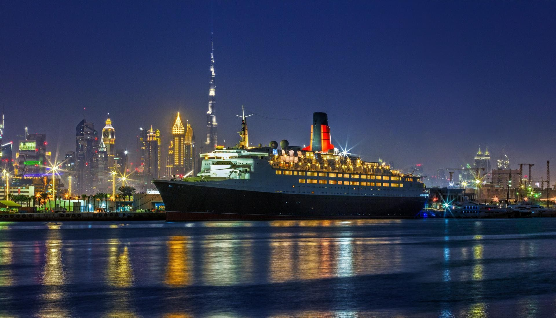 في دبي... نظرة على فندق سفينة الملكة إليزابيث (صور)   البوابة