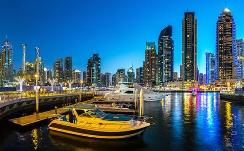 لماذا نمت صناعة السياحة البحرية في الإمارات؟!   البوابة