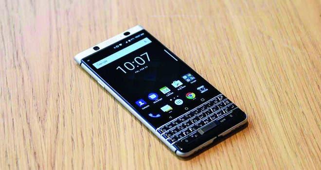 «بلاكبيري» تكشف عن هاتف Key 2 بلوحة مفاتيح    البوابة
