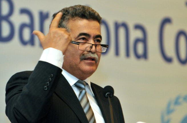 Israel's Environment Minister Amir Peretz speaks during the 18th ordinary meeting of contracting parties to the Barcelona convention and its protocols on December 5 2013 in istanbul. [Ozan Kose/AFP]