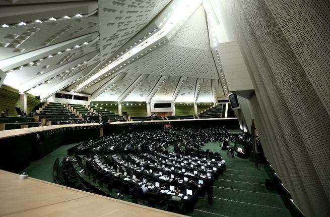 IRAN, Tehran : A general view of Iran's parliament during a session to discuss the President's proposed cabinet in Tehran on August 13, 2013. AFP PHOTO/BEHROUZ MEHRI