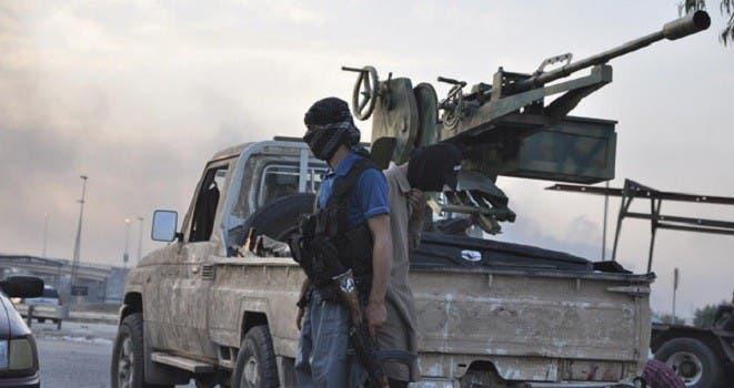 ستة انتحاريين اقتحموا قاعدة سبايكر التي تضم متدربين متطوعين لتحرير مدينة الموصل