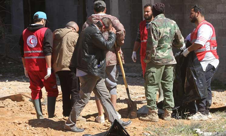 ليبيا.. شرطة بنغازي تعثر على 80 جثة في مقبرة جماعية   البوابة