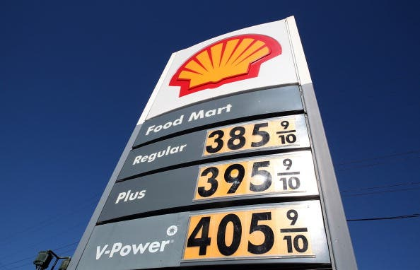 Gas Prices Continue To Rise As Uprisings In Mideast Drive Price Of Crude Oil Up (Getty Images)