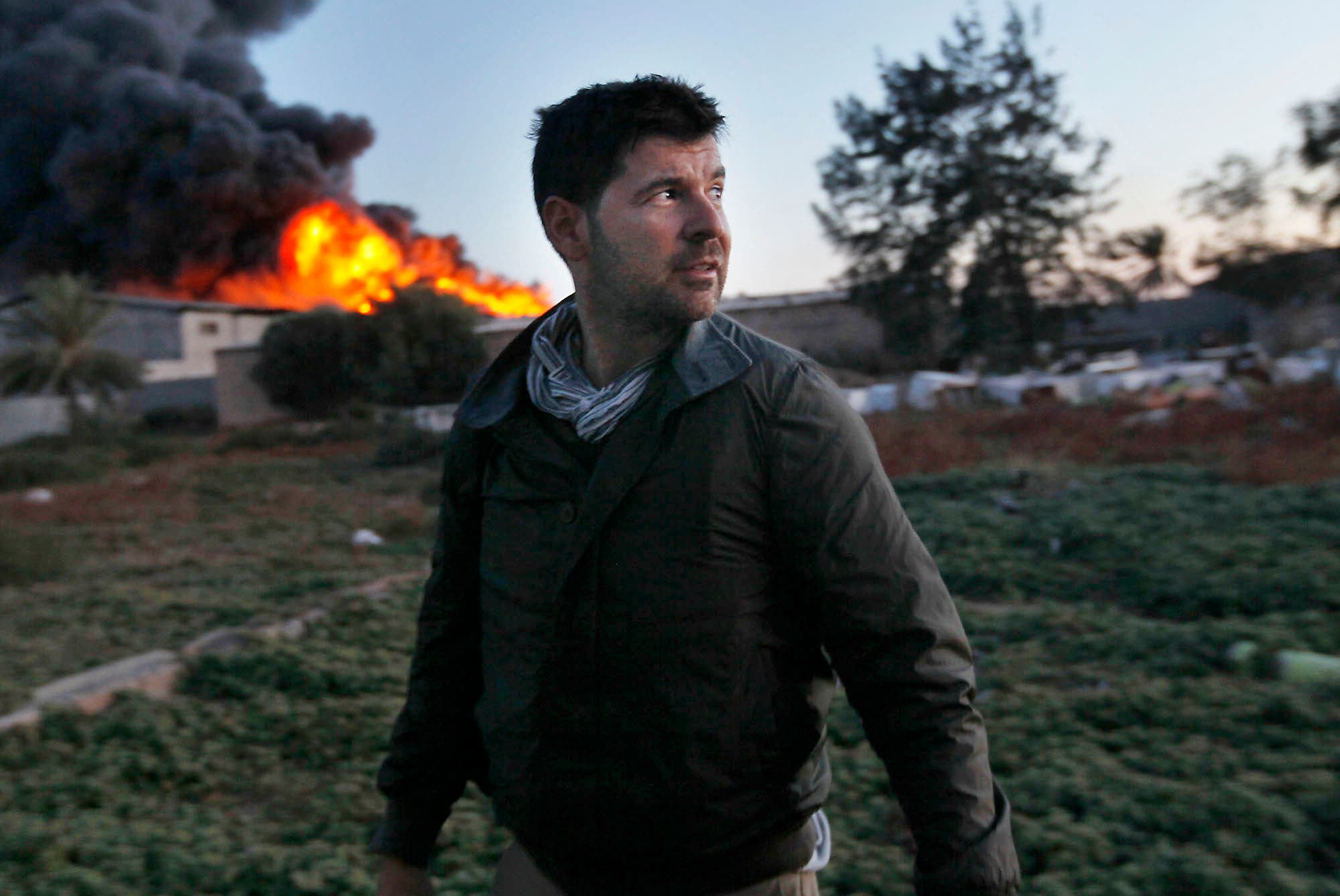 Getty Images photographer Chris Hondros  a couple of days before his ill-fated death in Musurata.