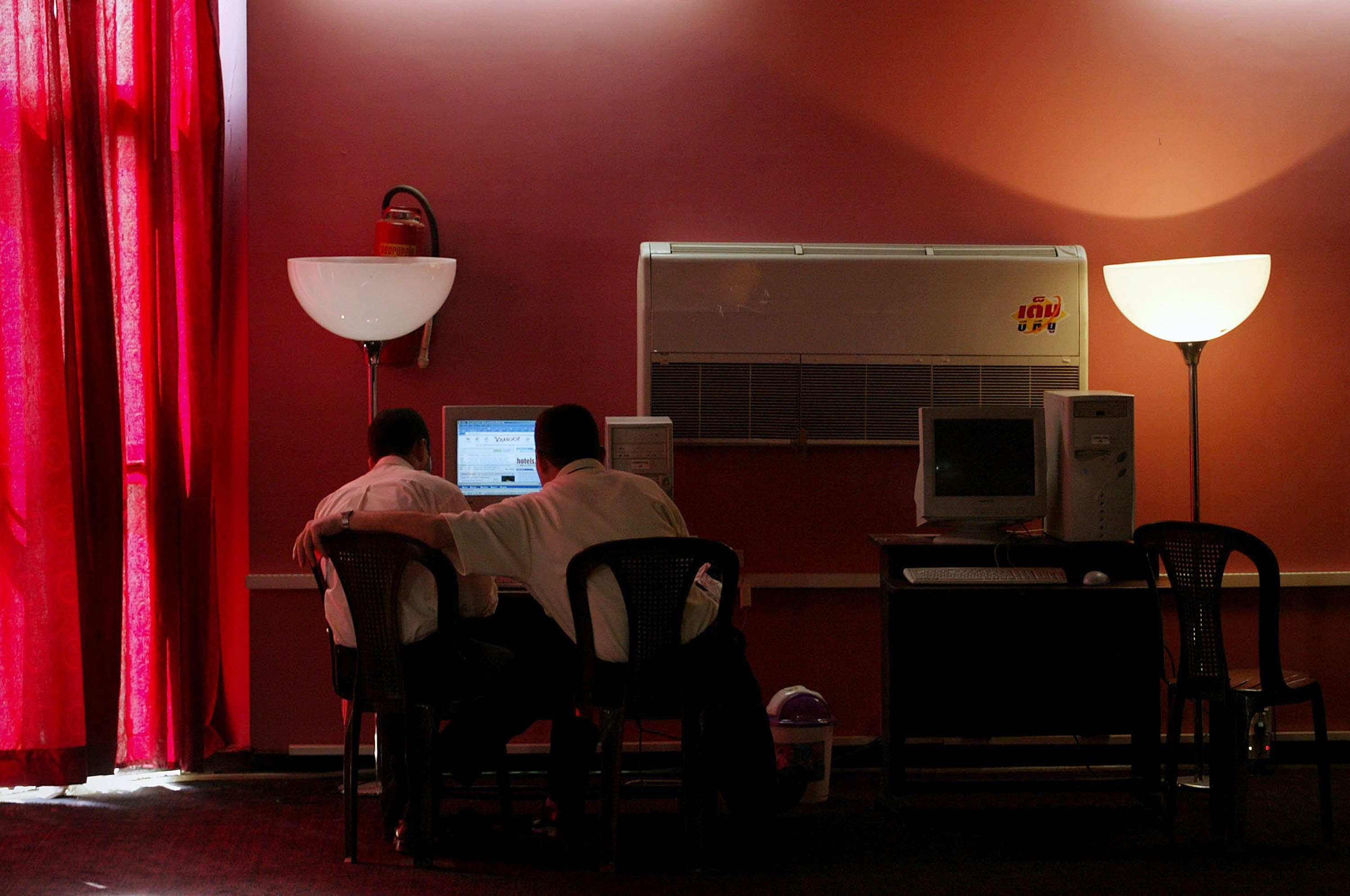 In Kuwaiti cafes, placing an order for some porn with your carrot cake won't fly with the law.