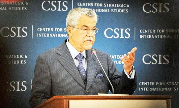 Minister of Petroleum and Mineral Resources Ali Ibrahim al-Naimi addresses the audience during a lecture in The Center for Strategic and International Studies (CSIS) in Washington DC in this April 30, 2013 file photo. (AFP)