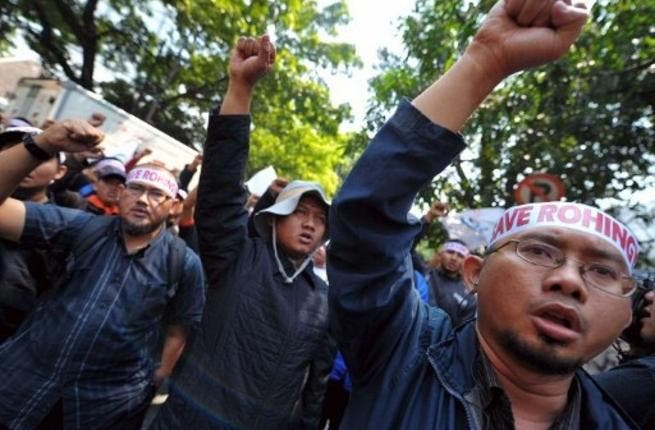 Pro-Rohingya protests continue in neighboring Indonesia