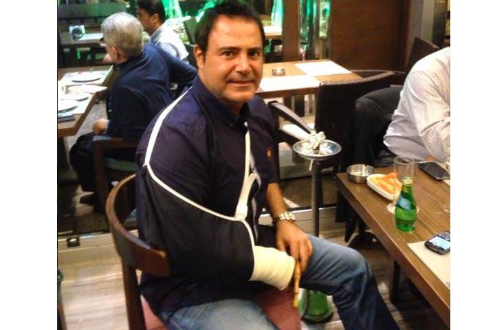 Poor Assi Helani has a broken arm! (Image: twitter)