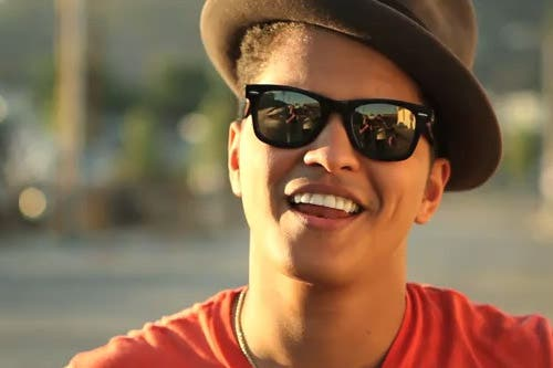 Singer-songwriter Bruno Mars wowed the crowds at Dubai Media City Amphitheatre with a brilliant set on Friday night.