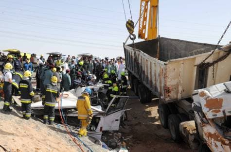 Twenty-two labourers were killed and 24 were injured when a truck ploughed into the minibus that was ferrying them to work in Al Ain. (Photo courtesy of Al-Ain Police Public Relations office)