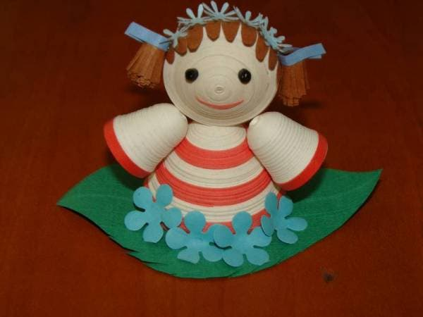 (Quilled doll image courtesy of quilledcreations.com)