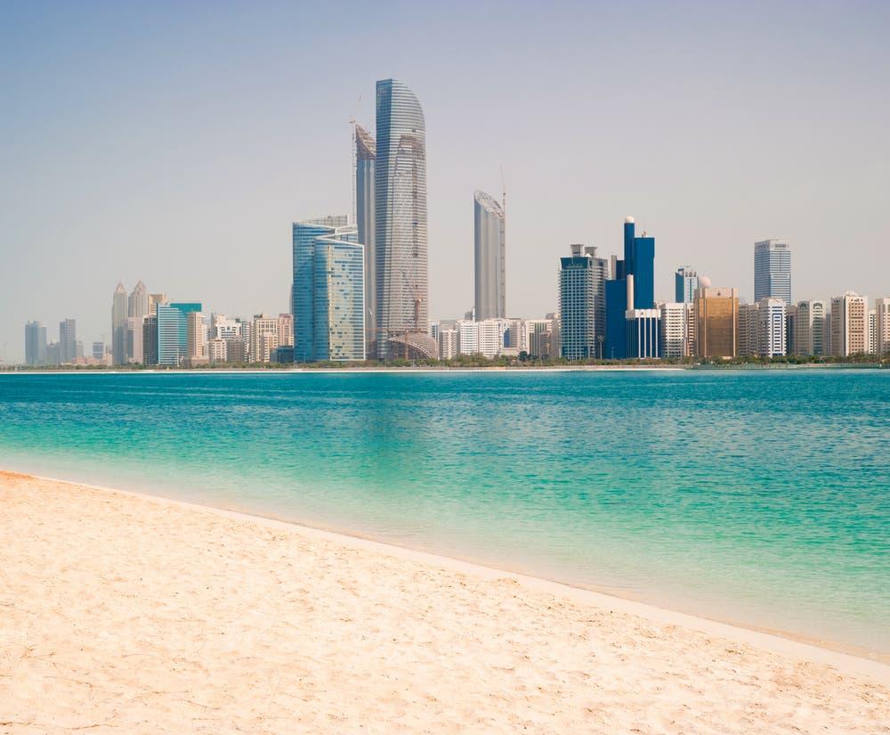 The gulf coast in Dubai (Shutterstock/Tatyana Vyc)