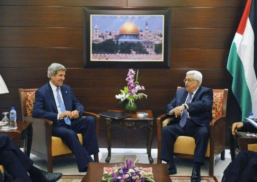 US Secretary of State John Kerry (L) meets with Palestinian president Mahmud Abbas on July 19, 2013 in Ramallah (AFP)