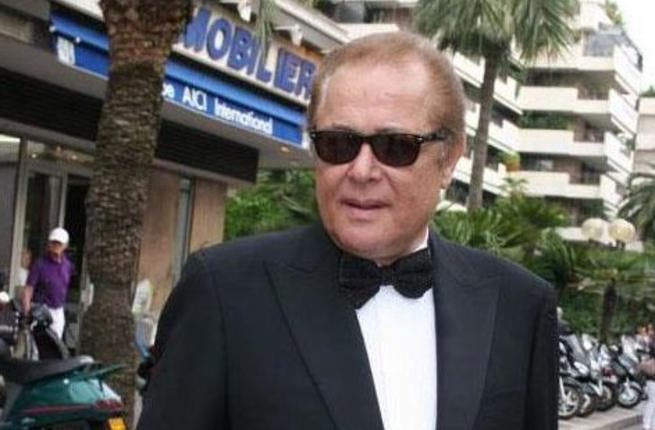 Renowned Egyptian actor, Mahmoud Abdel Aziz, isn't dead, according to his wife, journalist Lucy Shalabi