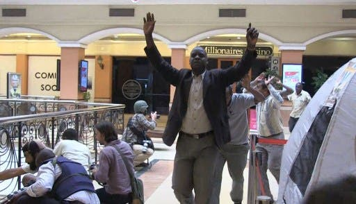 Hostages delivered to safe passage during a siege in Nairobi's mall under Shebab-attack (AFP)
