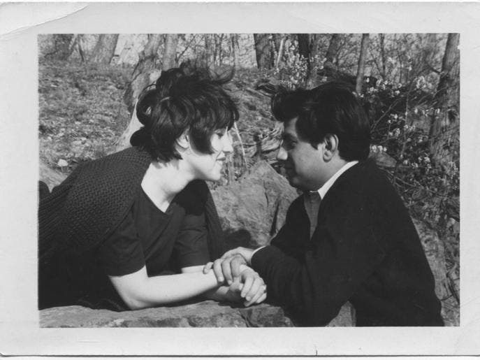 Phyllis Chesler and her husband in the early days of their marriage. (Photo courtesy of Al Arabiya)
