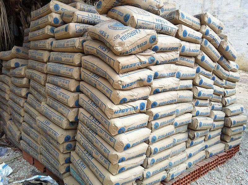 Iran's cement exports touched 13.5 million tons in the last one-year period. Photo used for illustrative purposes (Source: Wikimedia/Oussama zrafi)