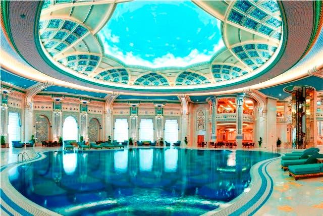 The ritz carlton hotel company announces first hotel in saudi arabia al bawaba for Indoor swimming pool in lebanon