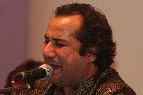Ustad Rahat Fateh Ali Khan crying at the mic (Image courtesy of viagogo)