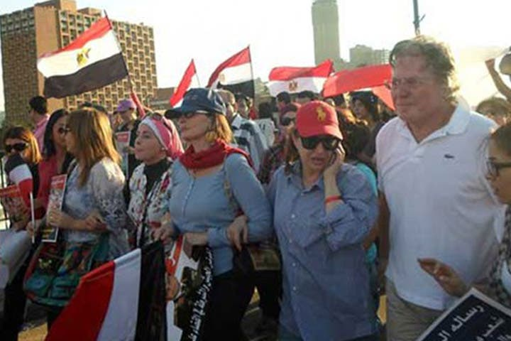 Youssra and Hussein Fahmy took part in pro-Sisi demonstrations in New York. (Image: Moheet.com)