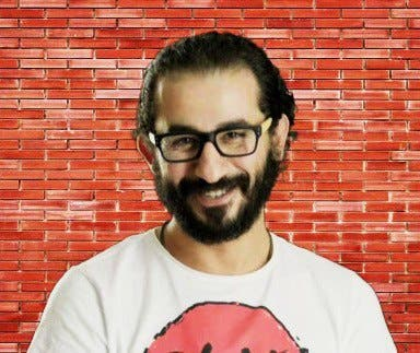 Egyptian comedian, Ahmed Helmy, is at the center of a celeb war (Photo: Facebook)