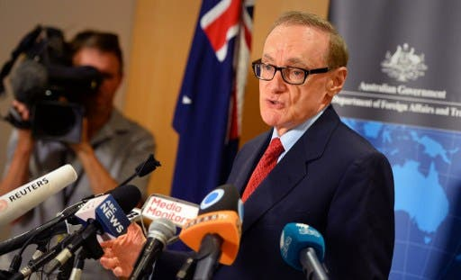Australian Foreign Minister Bob Carr speaks at a press conference in Sydney on Wednesday. (Photo: AFP / William West)
