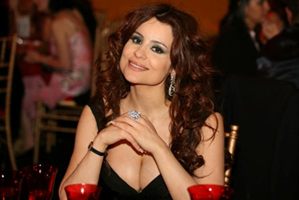 Lebanese songstress Carole Samaha has revealed she is planning on getting married to a mysterious unnamed man.