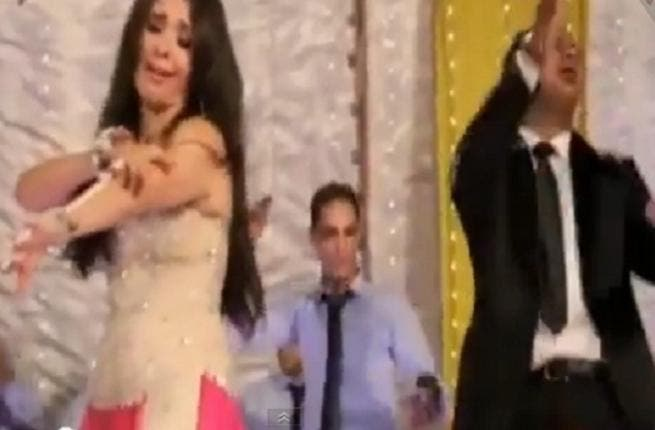 Dina's controversial belly dance stirred a wave of anger among Shiites in Egypt (Film clip screenshot: YouTube)