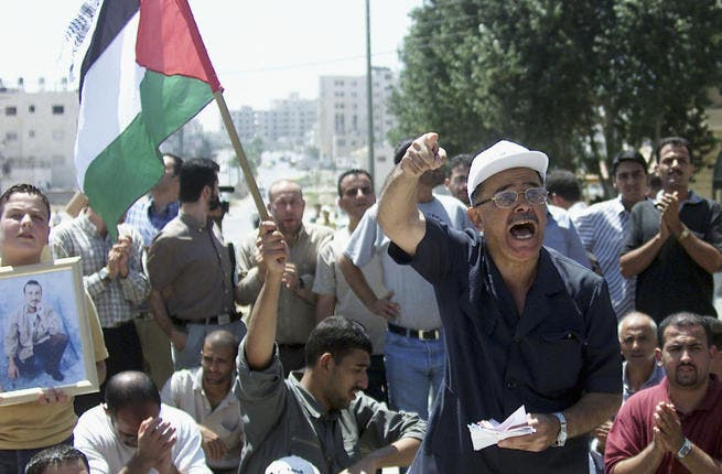 Image of protests in support of hunger-striking Palestinian prisoners in 2004. 2011 is not the first year of protests and  hunger strikes - but will they be more effective on the back of the Palestinian Spring?