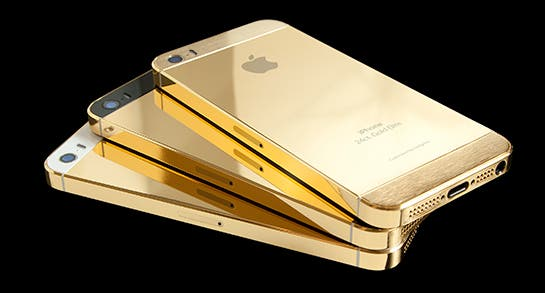 With the 'gold' iPhone 5s completely unavailable to regular consumers until sometime in October, many have turned to eBay, where 'gold' iPhones are reportedly selling for as much as $10,000(USD)