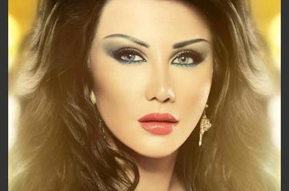 Syrian beauty and starlet Jenny Asper shows she is not anti-American at all. (image courtesy of anazahra.com)