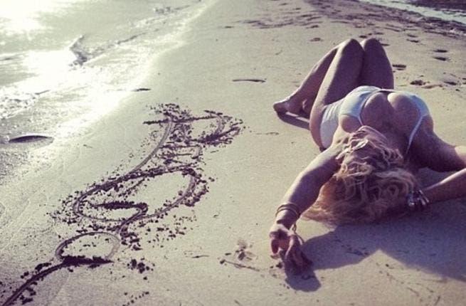 Rita Ora enjoying good old sunny Dubai