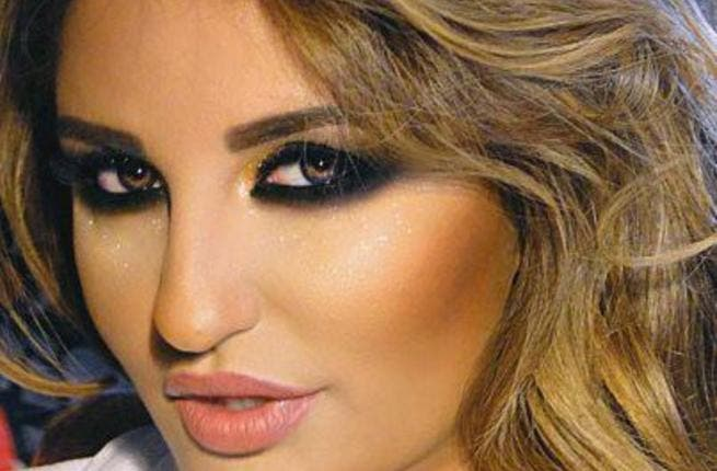 Iraqi singer Shatha Hassoun's shoe pictures, a step too far?