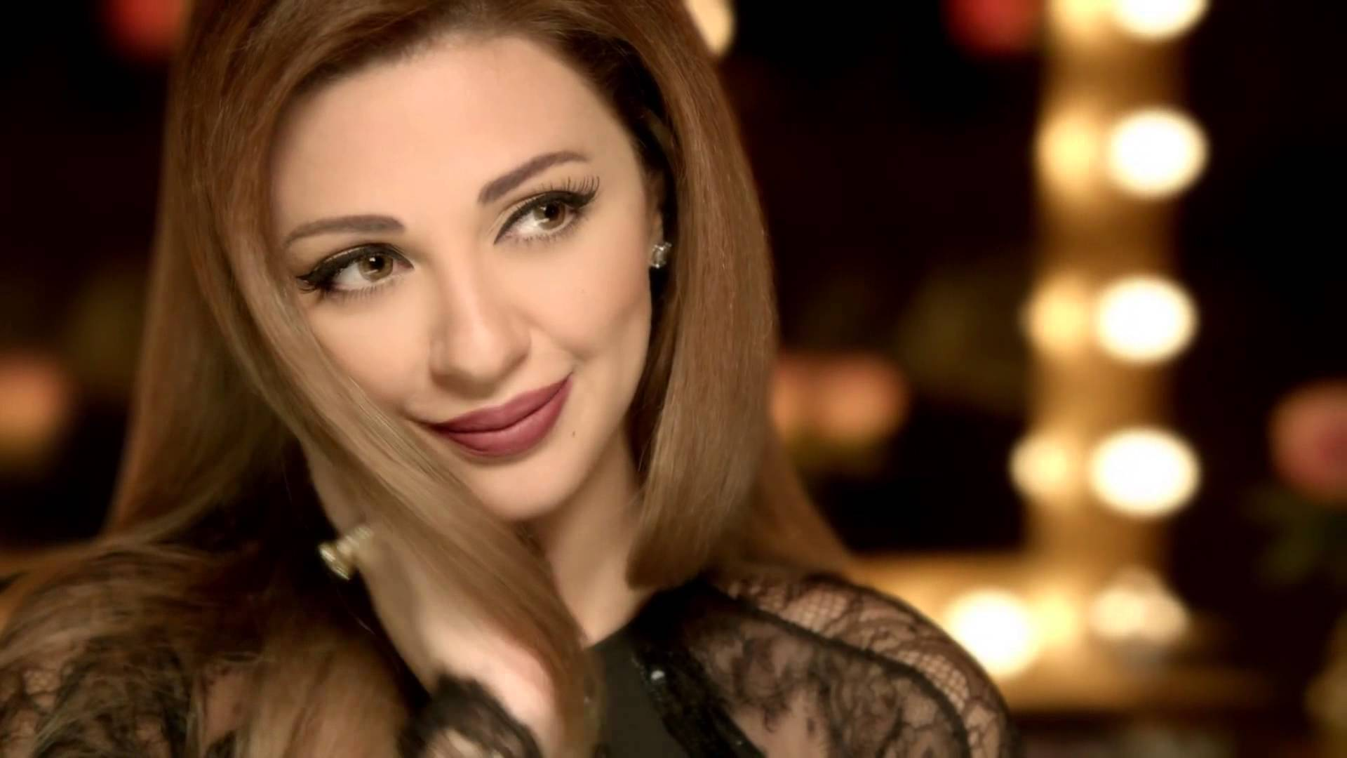 Arab egypt in niqab hijab anal masturbation on webcam 5