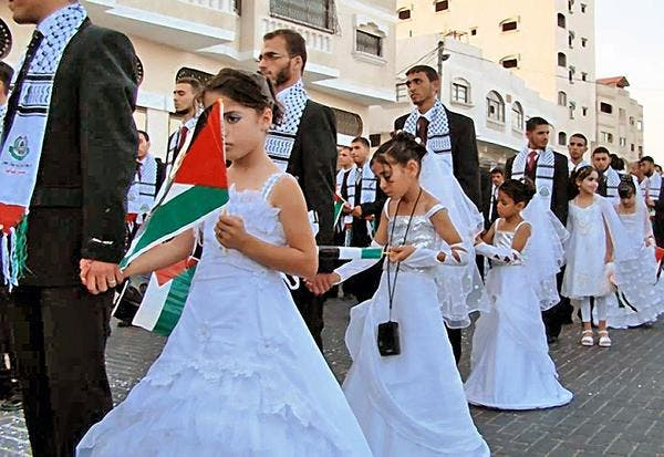 Matrimonio In Libano : Photos of a mass wedding in gaza spark more outrage about