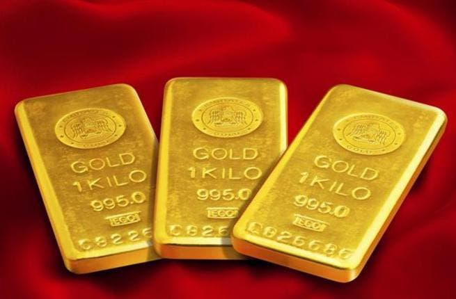 Spot gold lost 0.4 percent to $1,651.26 an ounce