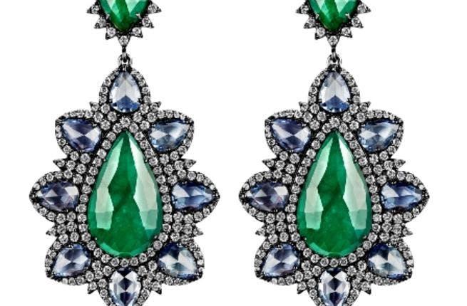 LIALI tantalizing jewellery pieces