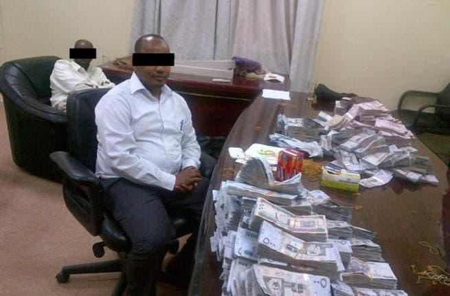 Abu Dhabi Customs Foils Attempt to Smuggle More than 13 million Saudi Riyals through Al Ghuwaifat Border