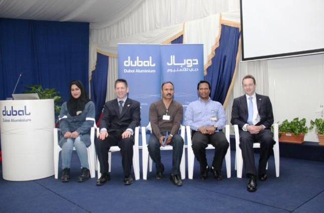 •DUBAL students who received recognition for exemplary performance on their courses with Charles Elvin CEO ILM