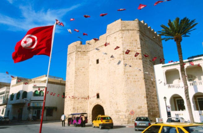 Tunisian finance minister expects GDP growth in 2012 to exceed 5% with a 6% target