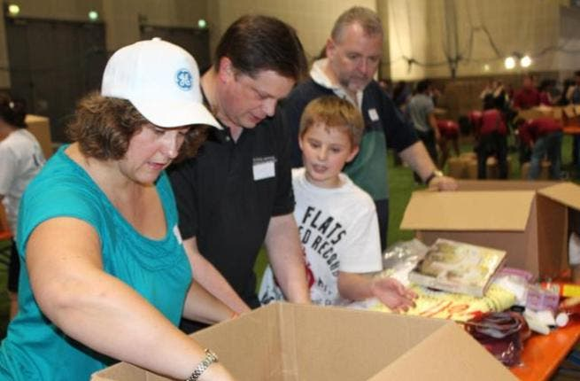 GE Volunteers and Adopt-a-Camp