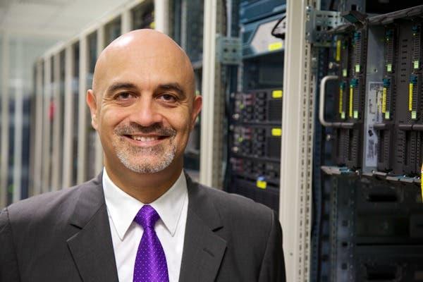 إي هوستينغ داتا فورت تعزز إمكاناتها لتقديم خدمات مايكروسوفت كلاود للحوسبة السحابية عبر الاستحواذ على شركة لايڤ روت   البوابة