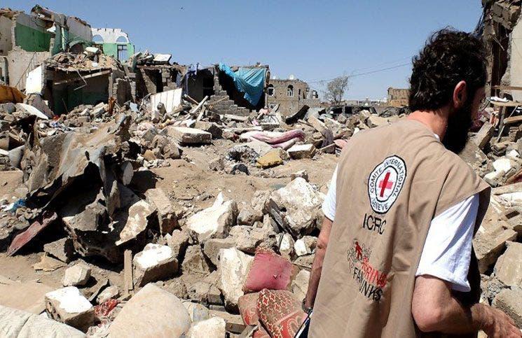 مقتل 6 جنود يمنيين وإصابة 14 بينهم مدنيون في تفجير عدن   البوابة