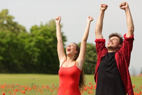 الزواج الناجح يقوم على الحب والمودة   البوابة
